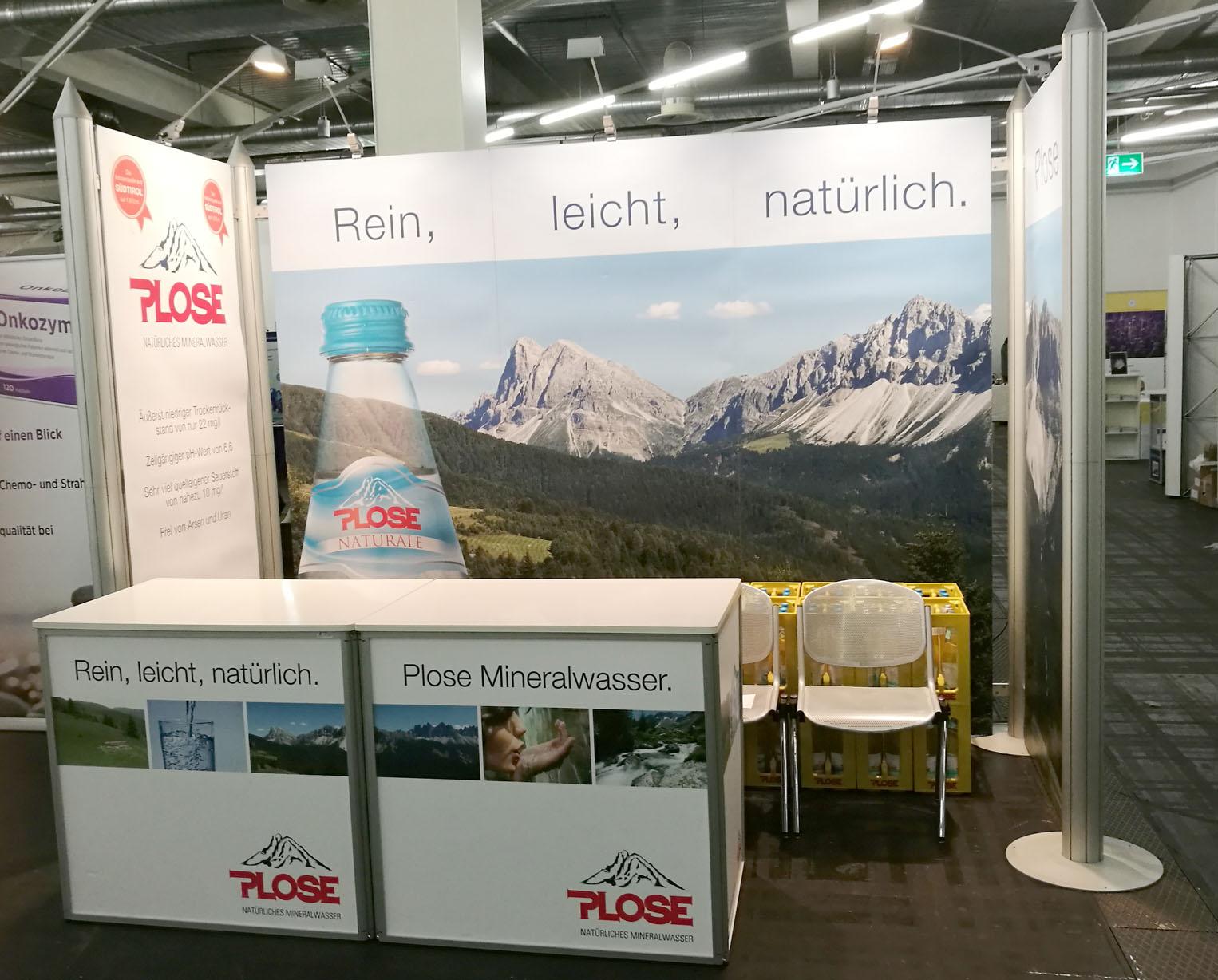 Der Stand von Plose Quelle AG bei der Heilpraktikermesse in München